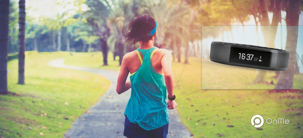 OnMe pulseira inteligente smartband - Revista Correr